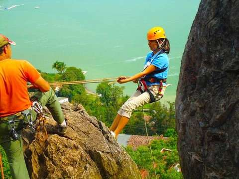 Rappelling and Climbing in Valle de Bravo