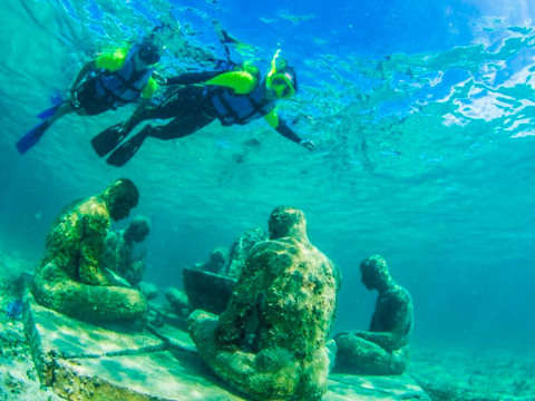 Snorkeling at the Sub-Aquatic Museum (Musa)