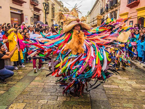 Experience Oaxaca With Guelaguetza