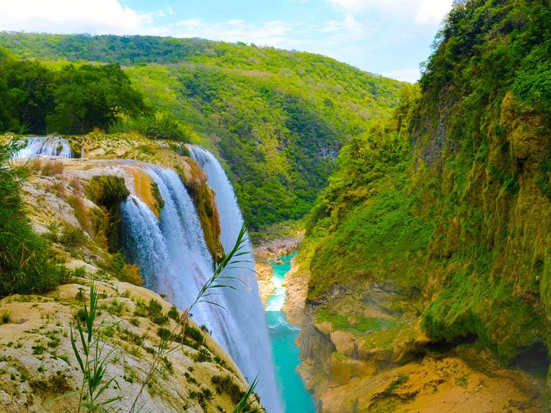Tamul Waterfall CASCADA_DE_TAMUL_Y_CUEVA_DEL_AGUA.003