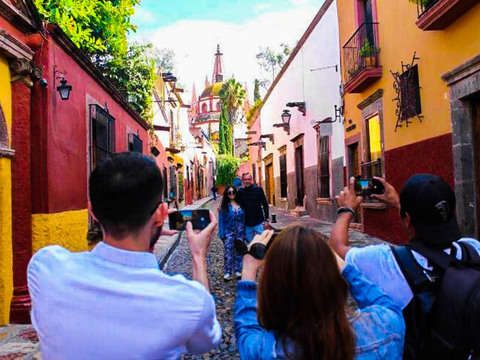 San Miguel de Allende Photo Tour Through A Lens