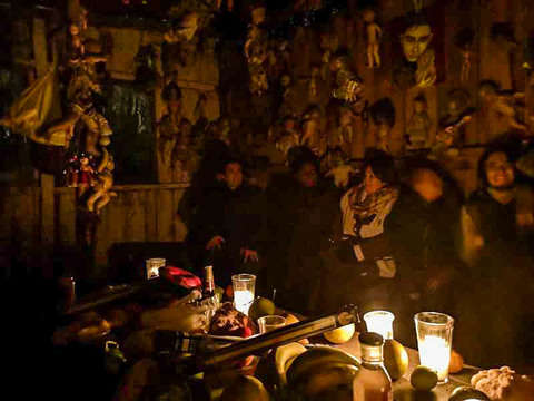 From Cdmx: Night of the Dead in Xochimilco